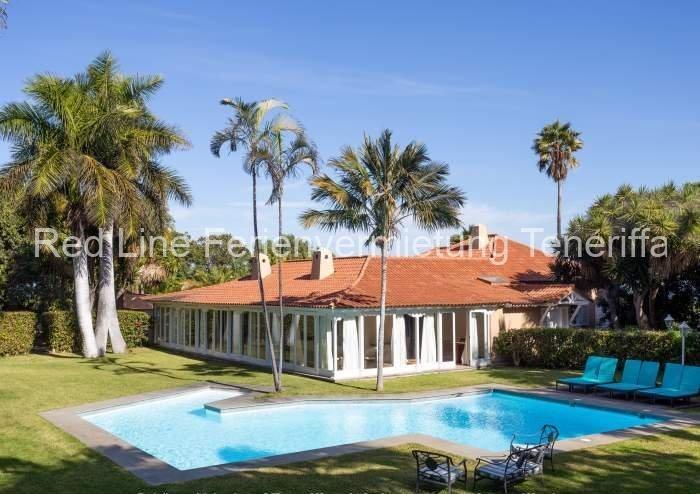 Teneriffa. Luxus-Villa mit Privatpool & Palmen-Garten bei Puerto de la Cruz