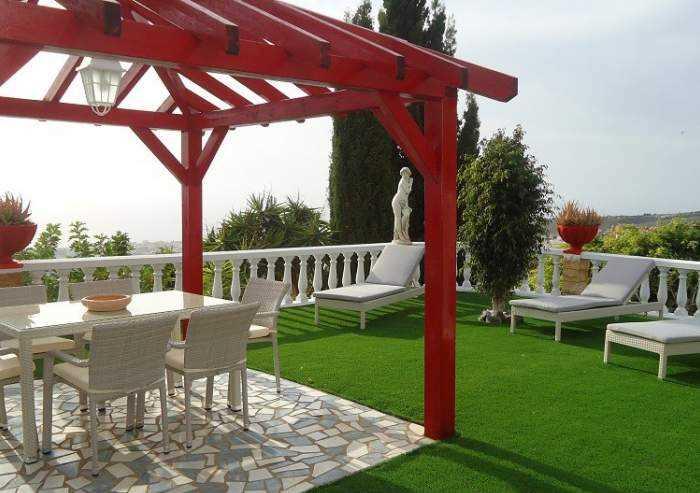 Teneriffa - Moderne Luxus-Ferienvilla in Las Moraditas bei Adeje mit Garten und Pool