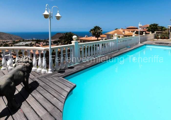 Luxus pur – ruhige Penthousewohnung mit Pool und Terrasse im Süden von Teneriffa